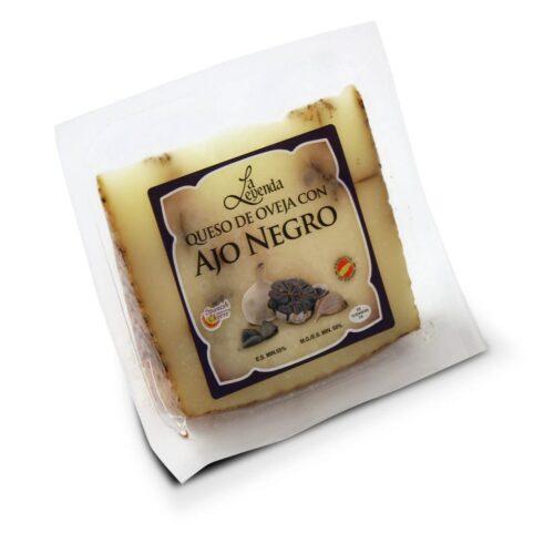 ser owczy z czosnkiem